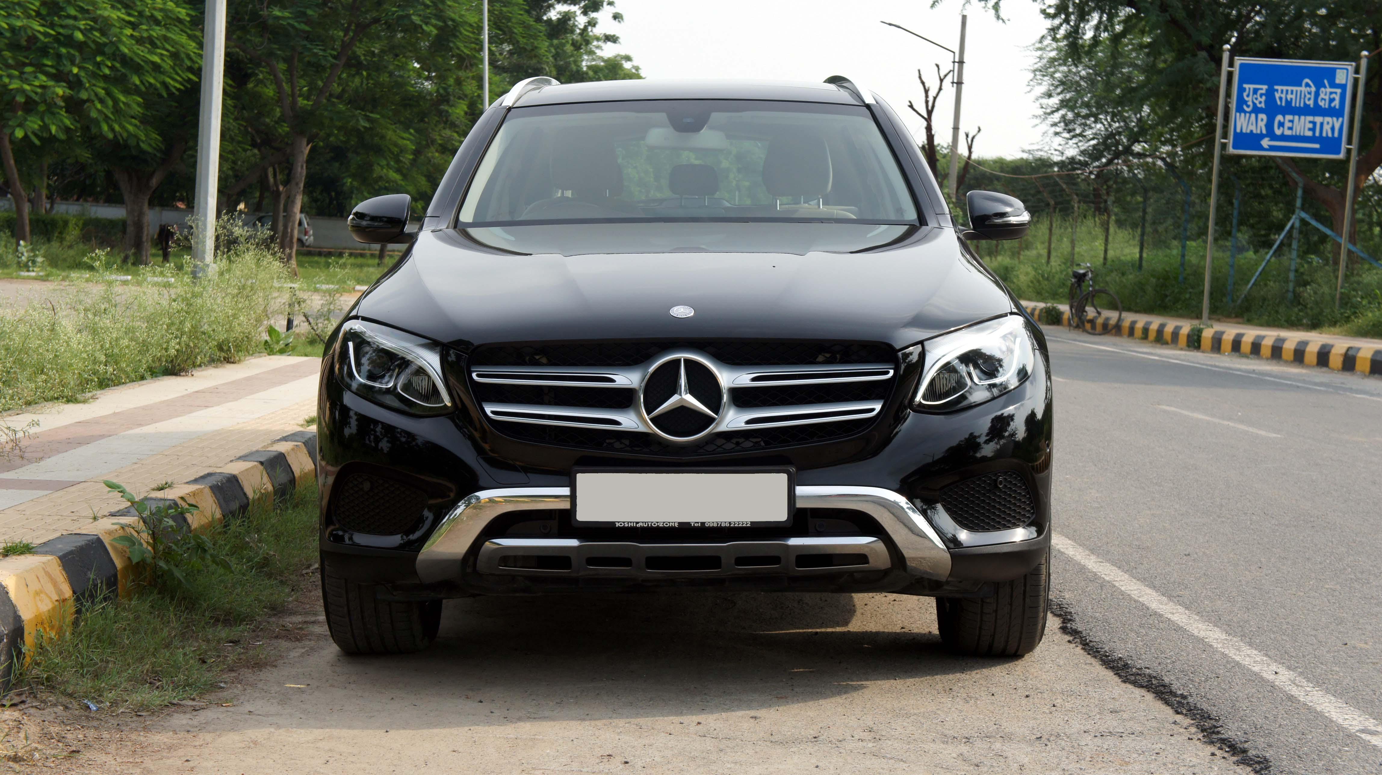 Mercedes-Benz GLC 220D (4-MATIC SPORT)
