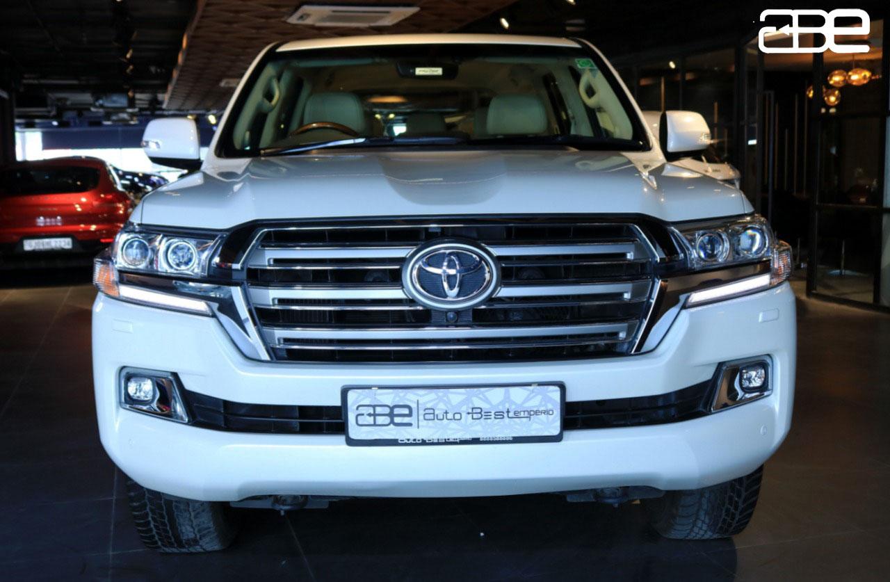 Toyota LAND CRUISER 200 VX V8