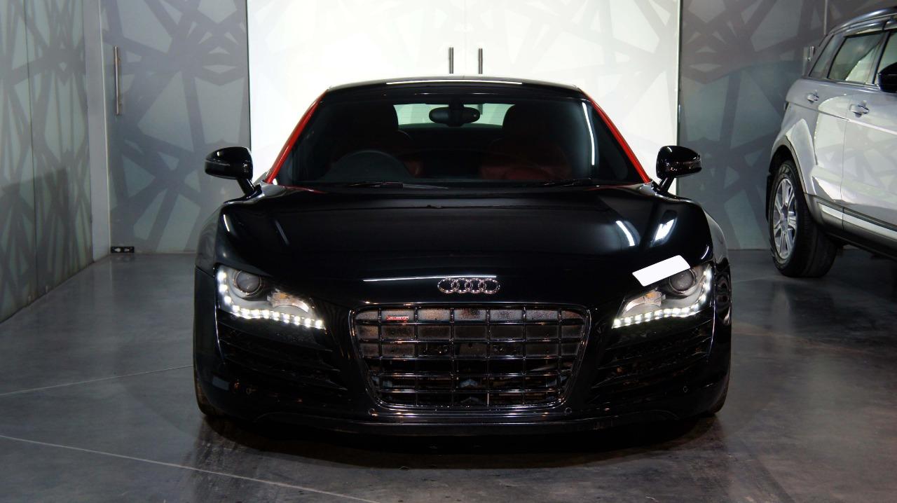 Audi R8 4.2L V8