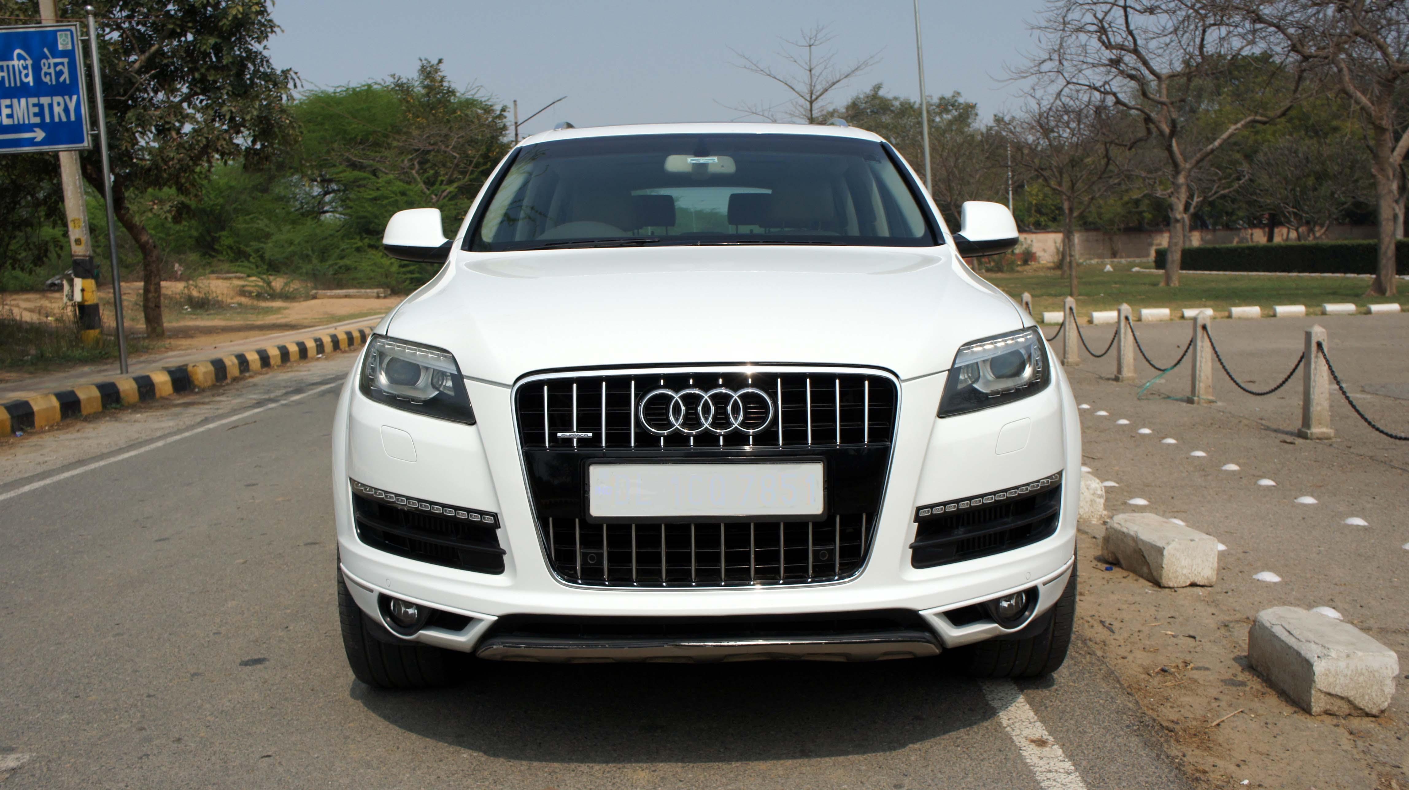 Audi Q7 Premium Plus 3.0L
