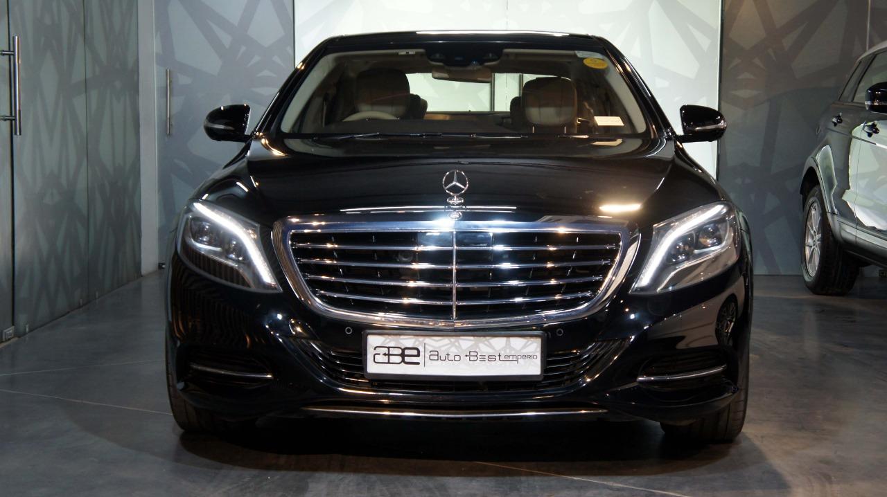 Mercedes-Benz S-Class S-500