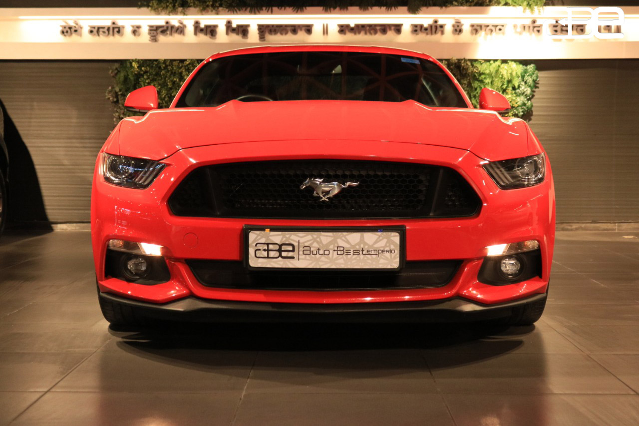Ford MUSTANG GT V8 5.0 L