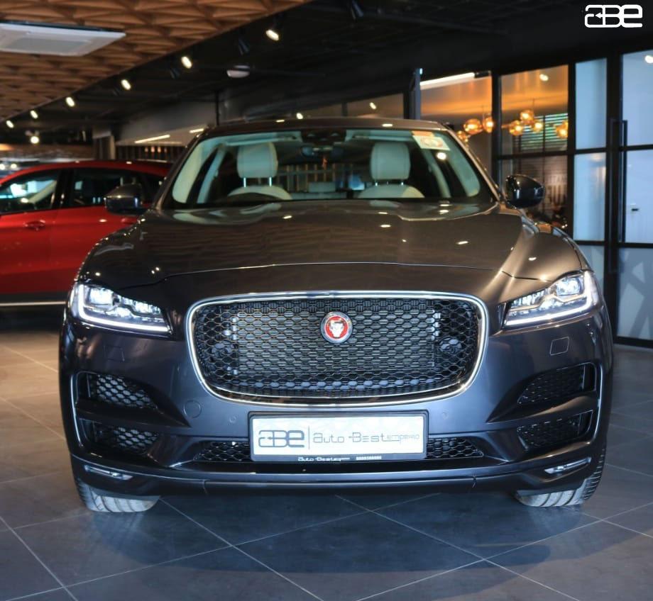 Jaguar F-PACE Prestige 2.0L