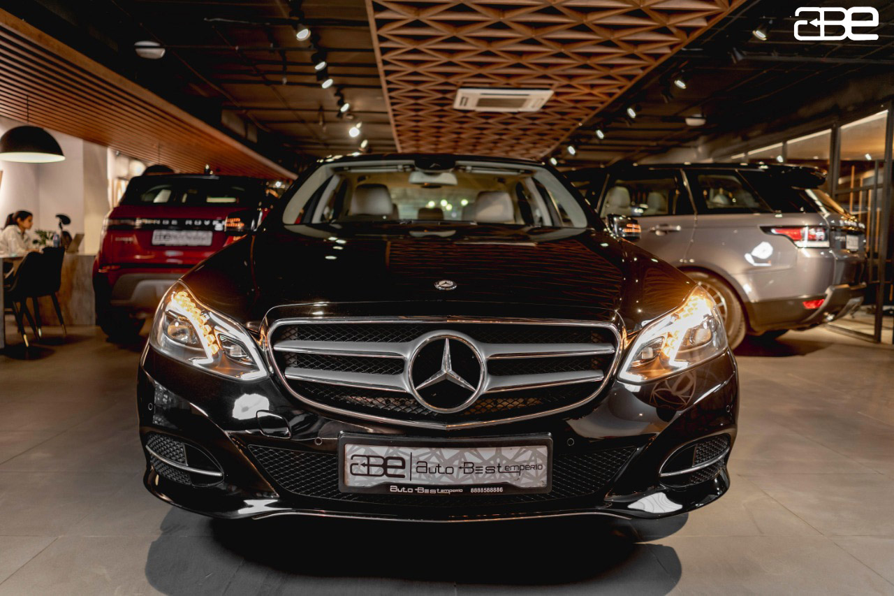 Mercedes-Benz E-Class E-200  AVANTGARDE