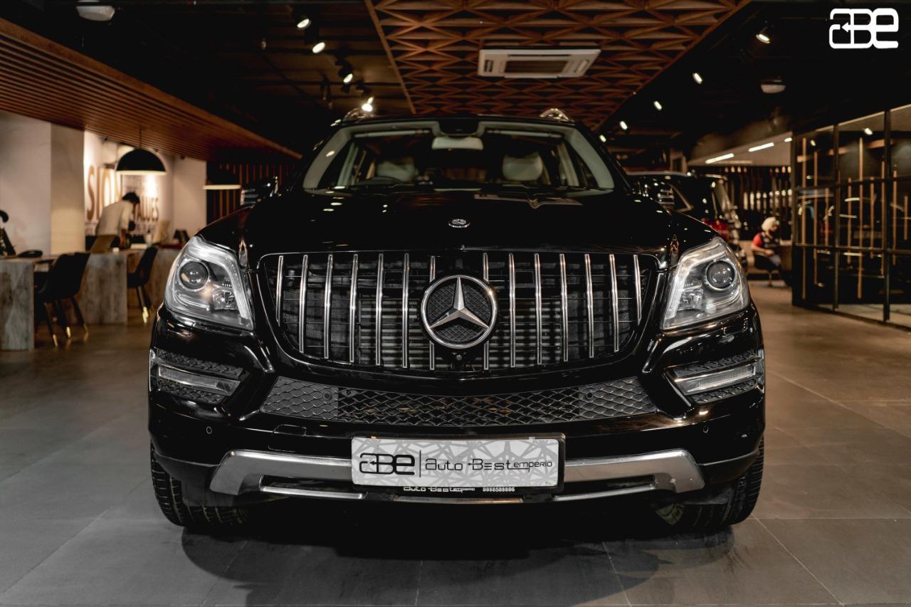 Mercedes-Benz GL 350 D (4-MATIC)