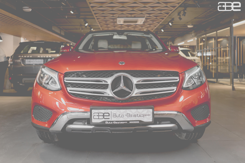Mercedes-Benz GLC-220D SPORTS 4-MATIC