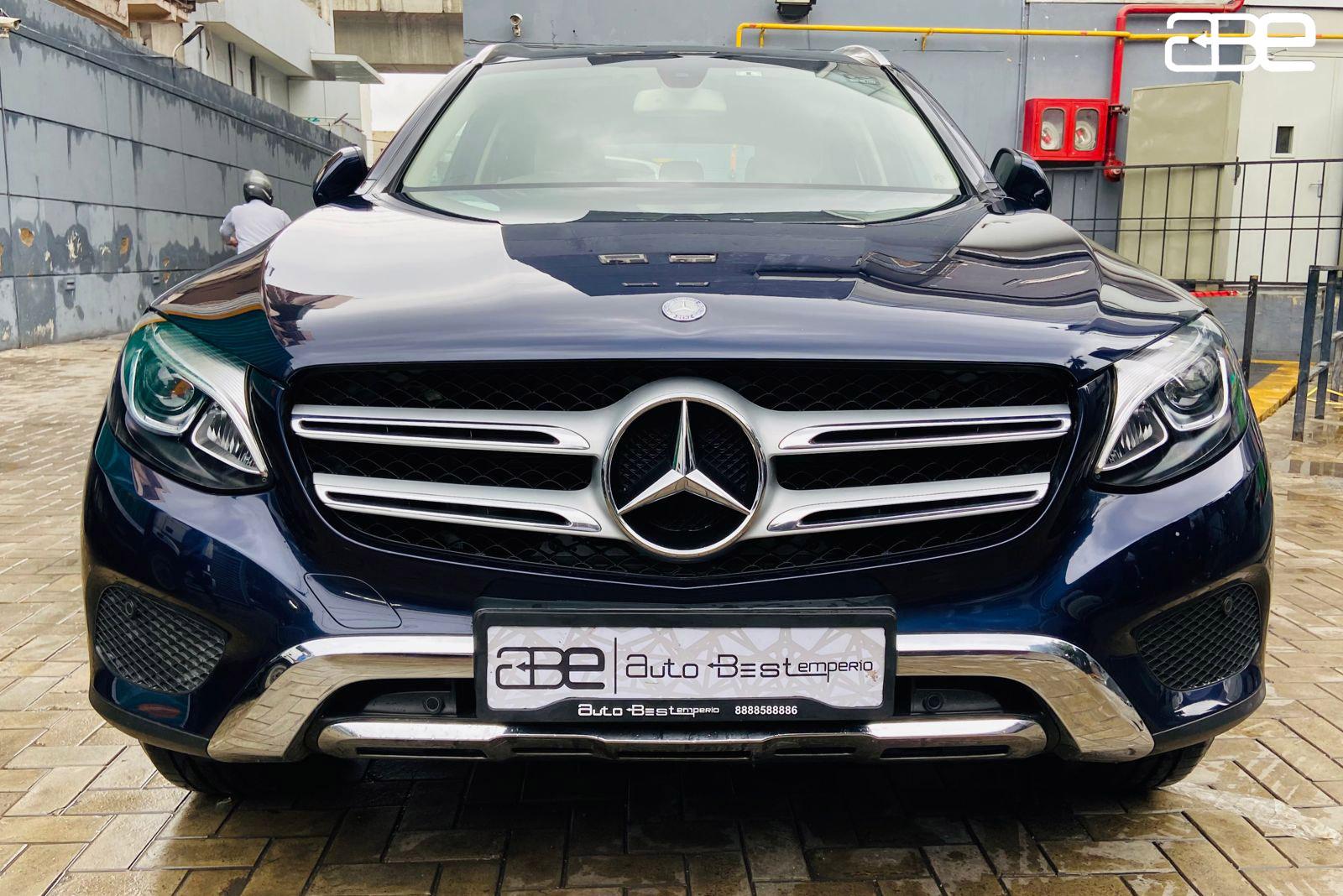 Mercedes-Benz GLC-300 4-MATIC